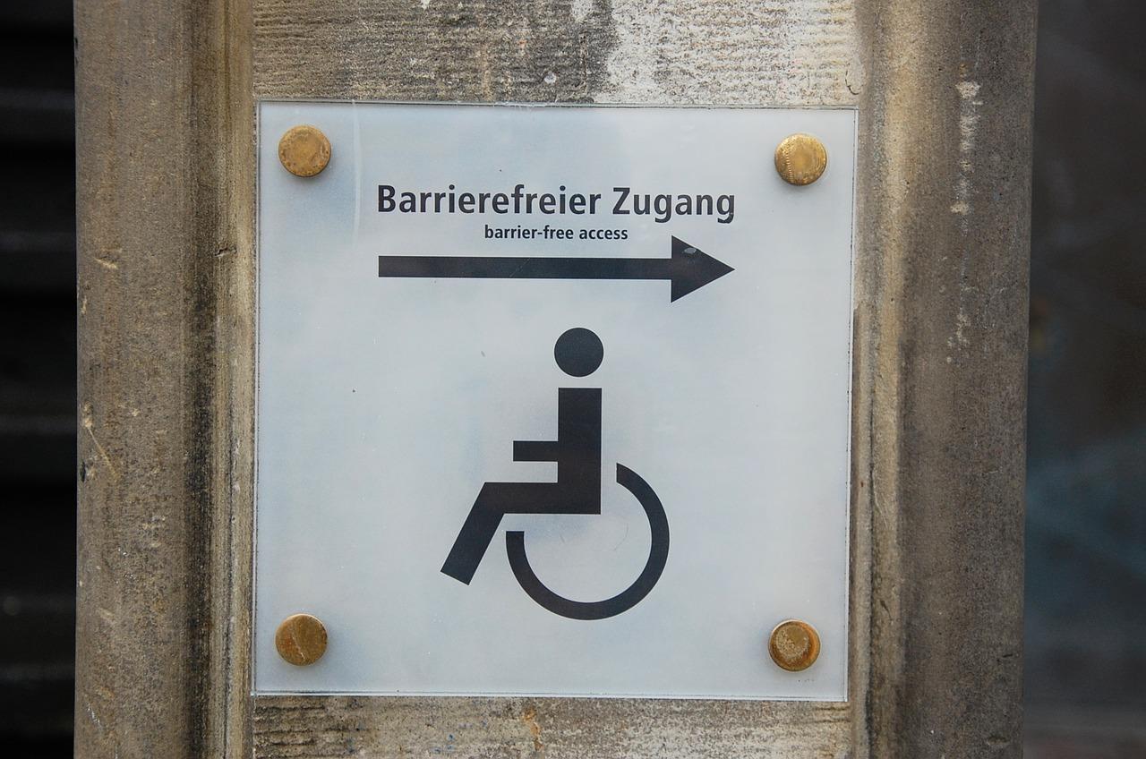 Endlich: Barrierefreier Zugang zum Rathaus Oedt