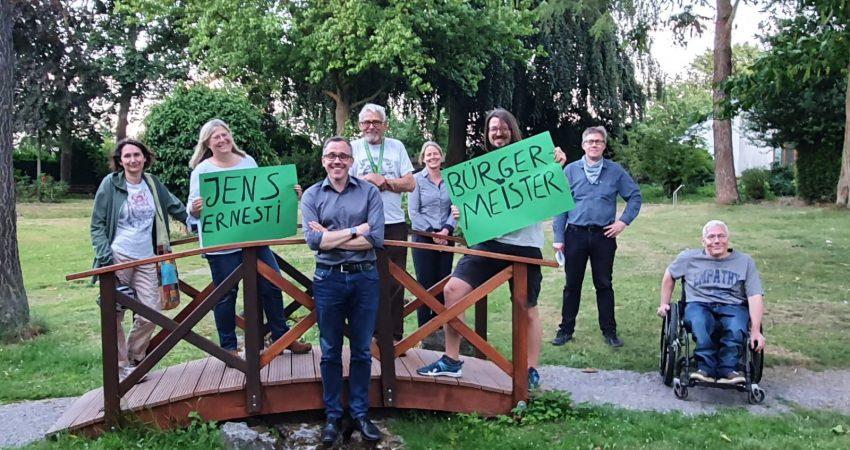 Einige der Kandidat*innen zur Wahl 2020 mit Jens Ernesti
